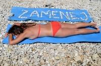 Zamenej na pláži v súťaži zaváži... :)