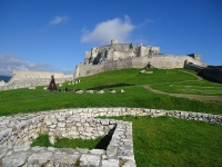 za menej  Spišský hrad