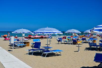 Predĺžený víkend na pláži v Rimini v Taliansku