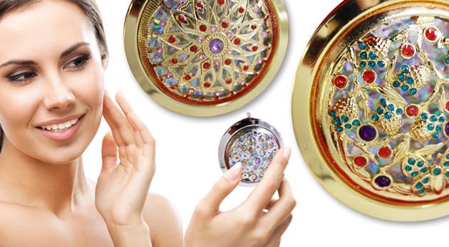 Fotka zľavy: Praktické zrkadielko už od 3,49€ vás nikdy nenechá v štichu. Buďte vždy upravená a nenechajte sa zaskočiť žiadnou situáciou!