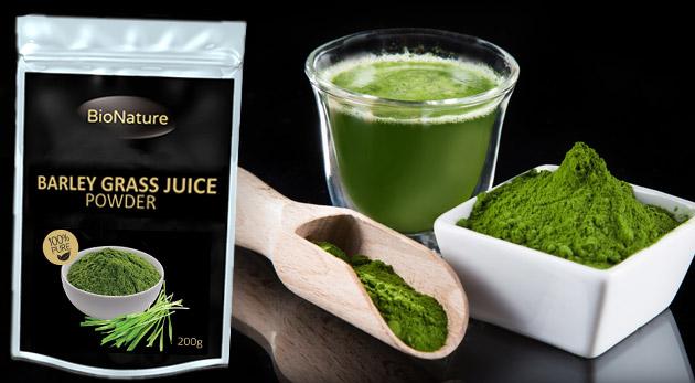 Fotka zľavy: Zelený jačmeň v 100% organickej kvalite v 200 g alebo 500 g balení už od 12,90. Vyskúšajte zdravý osviežujúci nápoj zo sušenej šťavy z mladého zeleného jačmeňa a objavte jeho blahodarné účinky!