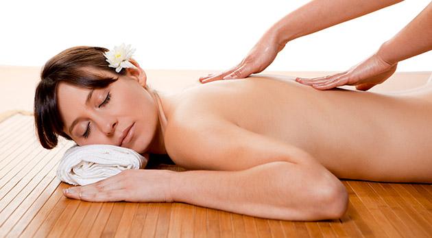 Fotka zľavy: Zastavte sa a vyhraďte si 30 minút na klasickú masáž chrbta a šije alebo 90 minút na kráľovskú masáž už od 4,90€. Uvoľnite svoje telo a zabudnite na starosti bežných dní!