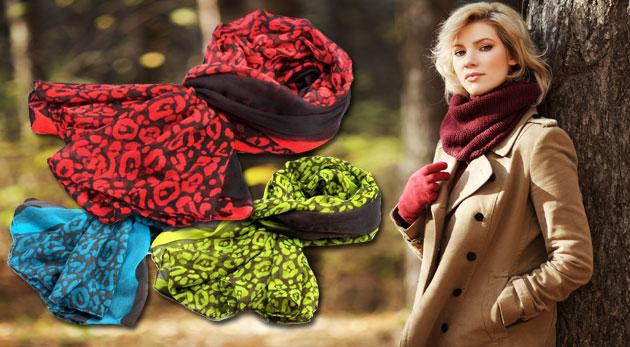 Fotka zľavy: Trendový dámsky šálik s krčenou potlačou len za 5,50€ v 6-tich veselých neónových farbách. Šál, ktorý vás v chladné jesenné dni zahreje a zároveň krásne dozdobí váš outfit!