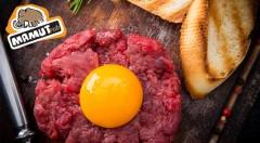 Zľava 50%: Doprajte si gurmánsky zážitok - chutný tatarák s hriankami už od 5,90 € pre 2 alebo 4 osoby v obľúbenom Mamut pube v centre Bratislavy!