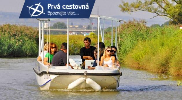 Fotka zľavy: Spoznajte krásne zákutia Baťovho kanála počas hodinovej plavby zo Skalice do Sudoměříc len za 3,99 € vrátane odborného výkladu. Zažite expedíciu plnú zážitkov a strávte jedinečný deň v prírode!