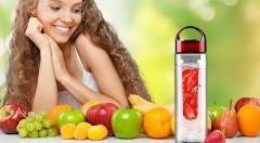 Zľava 72%: S unikátnou dizajnovou fľašou na vodu len za 5,99 € si môžete jednoducho vyrobiť nápoj z ovocia, zeleniny či byliniek! Ľahká manipulácia a výber z dvoch farieb.