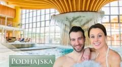Zľava 40%: Relaxujte v liečivej slanej vode termálneho kúpaliska v Podhájskej a ubytujte sa v blízkej Drevenici - Zrube už od 82 € na 4 dni. Na výber i rodinné kupóny.