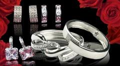 Zľava 38%: Nádherné dámske náušnice a náramky už od 4,90 € dokonalo podčiarknu ženskú krásu a pôvab. Šperky sú rhodiované a kvalitné, takže dlho vydržia. Urobte šťastným niekoho výnimočného!